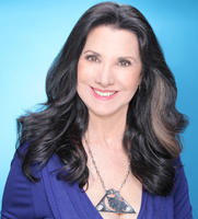 Bio headshot for Dr. Eleanor Haspel-Portner | About Dr. Eleanor | Relationship Therapy | Pacific Palisades, CA | 90272